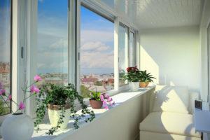 Теплое остекление балконов в Серпухове